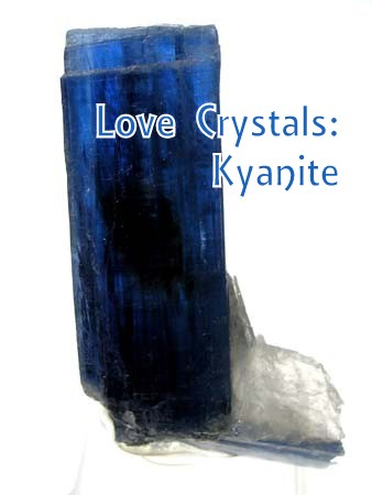 Kyanite quartz photo courtesy of Wikimedia commons. Licensed under CC 2.0