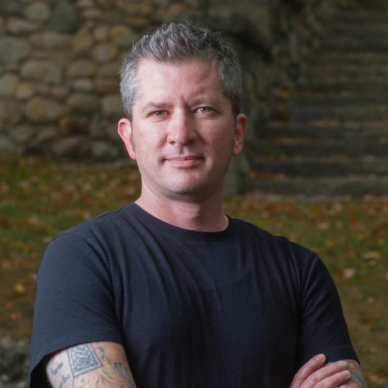 Benjamin L Corey