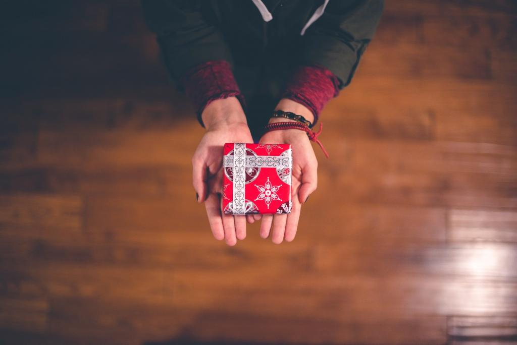 2 The Most Important Gifts You Can Give This Season Shaunti Feldhahn
