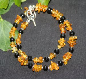 Jet and amber necklace