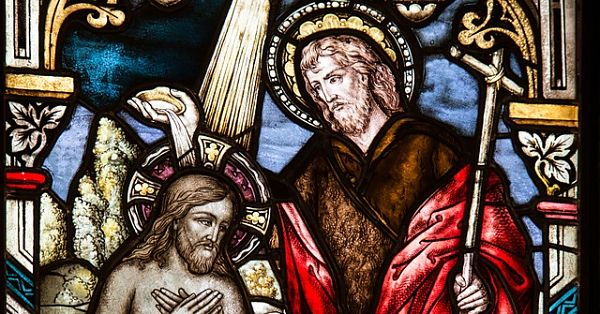 church-window-1016443_640_opt