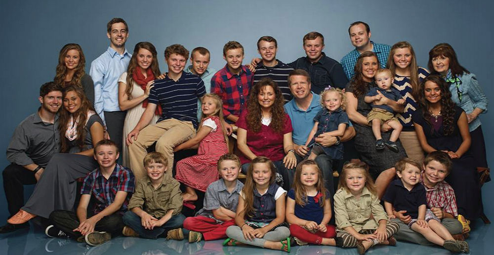 Duggar Family (Image via Facebook)