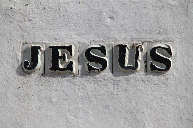 jesus-8283_640