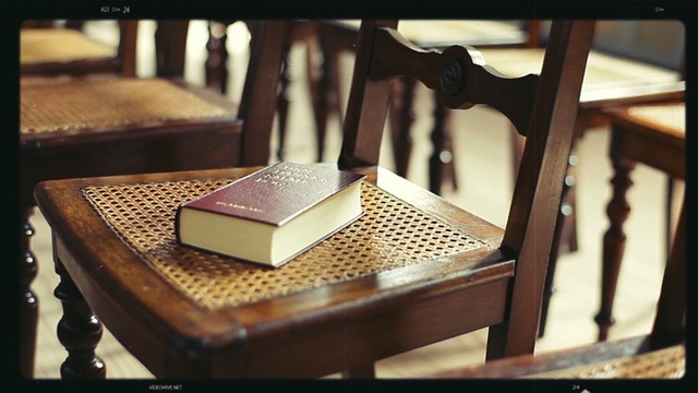 bible-563630_640