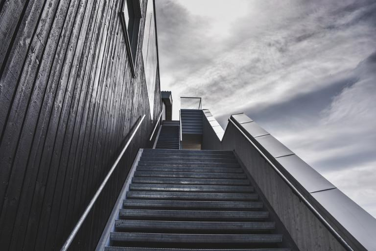 stairs-918735_960_720