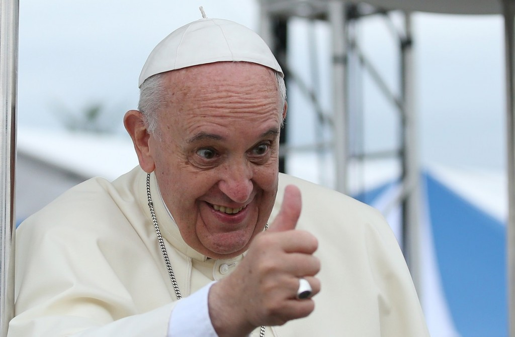 The pope's book gives a thumbs up to confession, shame, and shattered hearts. (Source: Flickr; Author: The Republic of Korea; Title: 2014 Pastoral Visit of Pope Francis to Korea; CC by 2.0)