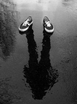 25686-Invisible-Person
