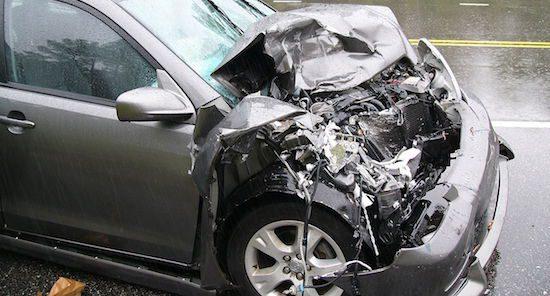 1280px-Car_Accident