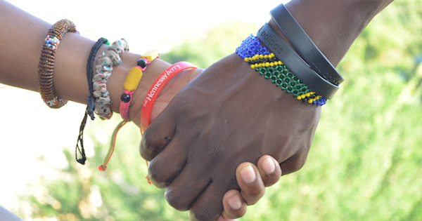 Holding-hands-africa