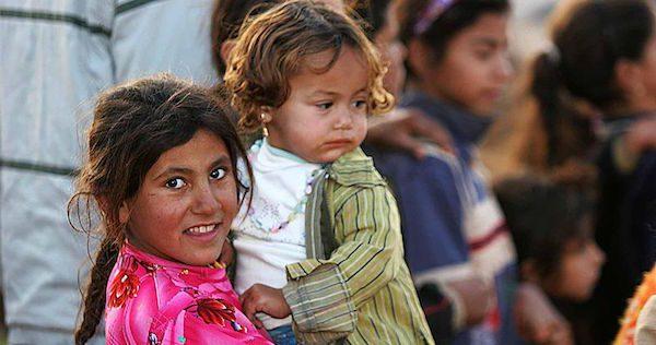 800px-Iraqi_refugee_children,_Damascus,_Syria