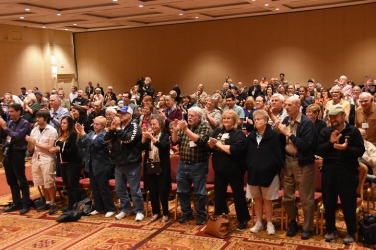 audience cheering FFRF 10-16