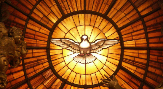 Depiction of the Christian Holy Spirit as a dove, by Gian Lorenzo Bernini, in the apse of Saint Peter's Basilica. Photo by Dnalor 01. Wiki Commons. License CC-BY-SA 3.0.