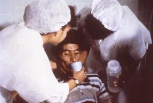1024px-Cholera_rehydration_nurses