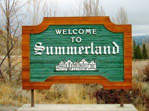 Summerland_sign_(British_Columbia)
