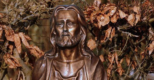 jesus-1250043_640_opt