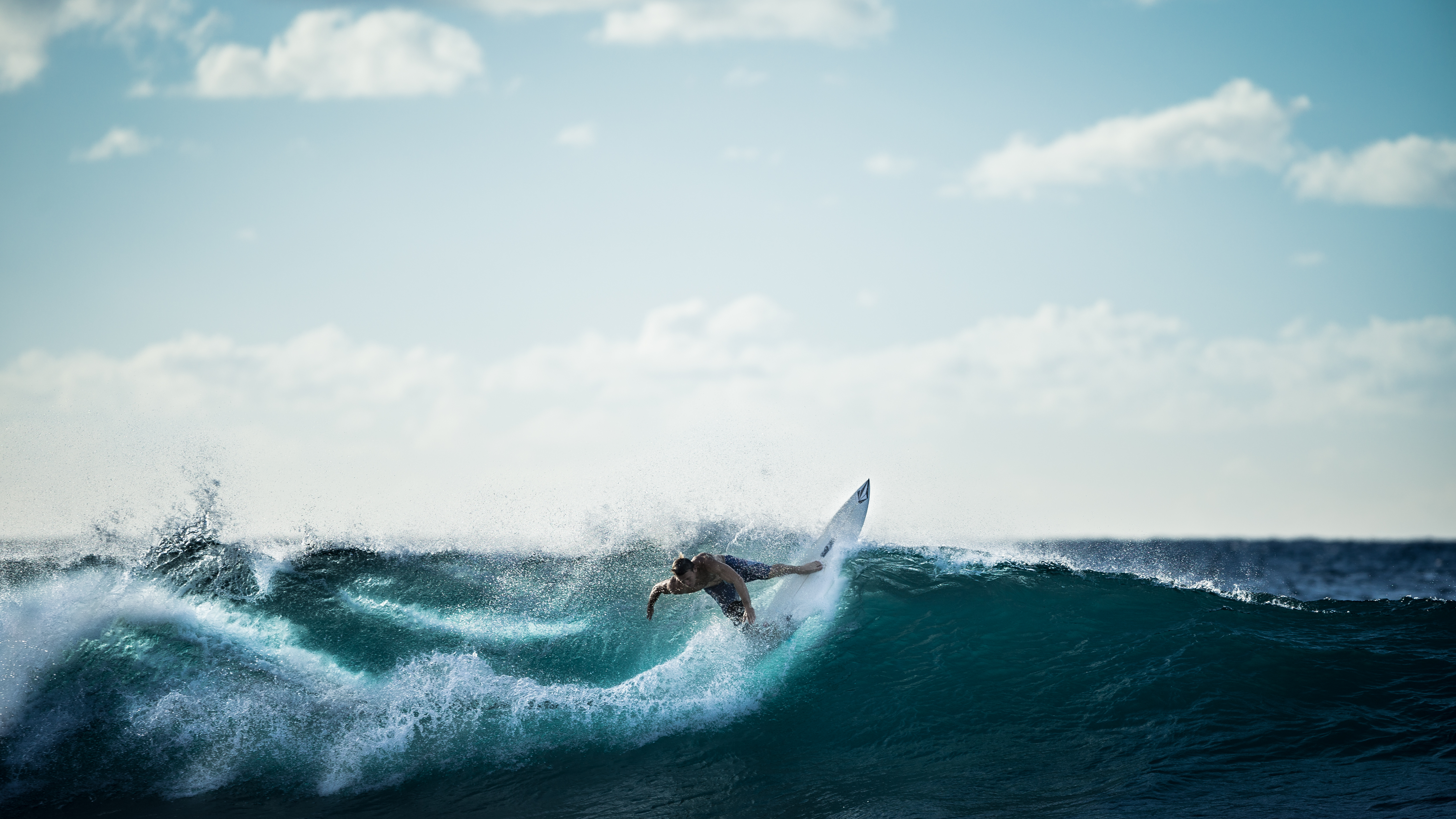 2015-04-Life-of-Pix-free-stock-photos-wave-sport-Surf-Hawaii-Andreas-Winter