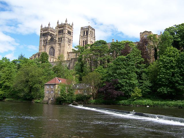 Durham cathedral pictured from the river. Photo by Wiki Commons user jungpionier. Creative commons.