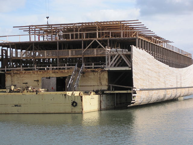 Image: Another replica Ark under construction in Dordrecht. Photo by Ad Bercht.
