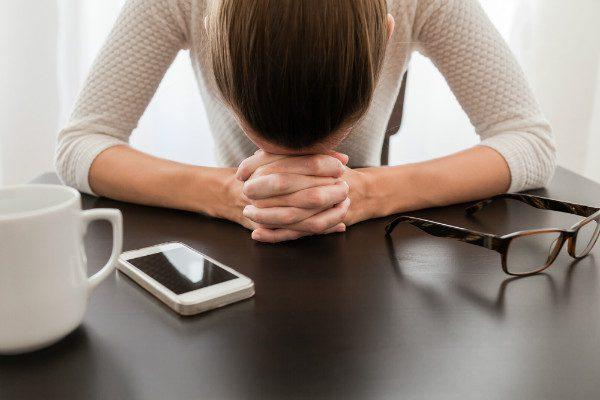 woman stressed stuck