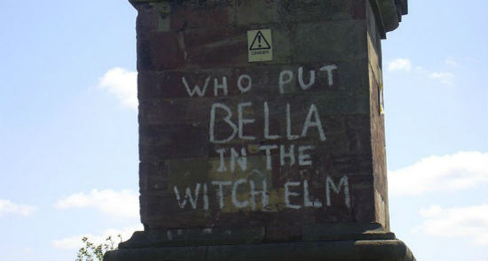 Graffiti in Worcestershire, England, 2006. Wikimedia photo by David Buttery.