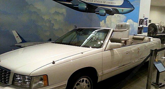 Popemobile.Reagan.1.crop_