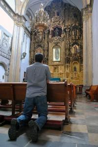 Convento_de_San_Francisco_-_Ciudad_de_México_-_Creyente