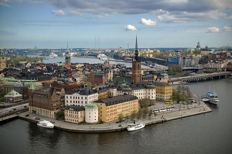 https://commons.wikimedia.org/wiki/File%3ARiddarholmen_from_Stockholm_City_Hall_tower.jpg; By Benoît Derrier from Stockholm, Sweden (Stockholm) [CC BY-SA 2.0 (http://creativecommons.org/licenses/by-sa/2.0)], via Wikimedia Commons