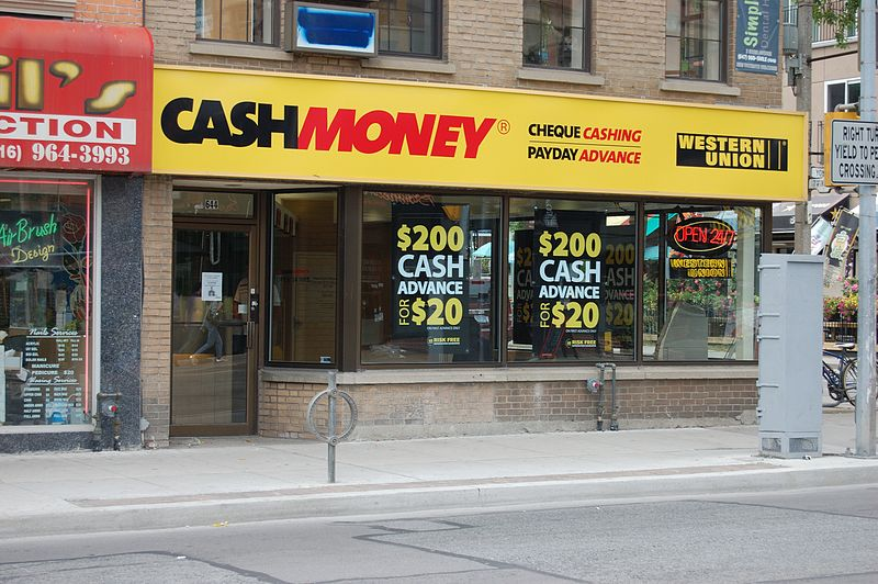 https://commons.wikimedia.org/wiki/File%3AGuaranteed_Payday_Loans-Cash_Money_Store.jpg; By Vinceesq [CC BY-SA 3.0 (http://creativecommons.org/licenses/by-sa/3.0) or GFDL (http://www.gnu.org/copyleft/fdl.html)], via Wikimedia Commons