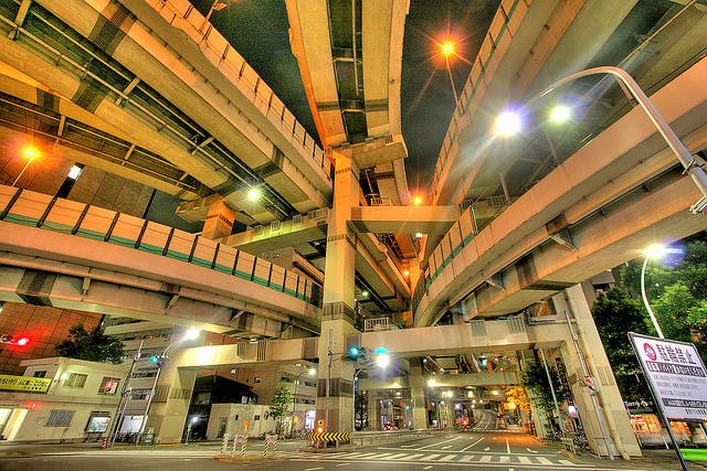 That sound you just heard was me noping right the heck out of there--even while admiring the sheer orderliness of the system on display. (Credit: Kabacchi, CC license.) An elaborate interchange in Tokyo.