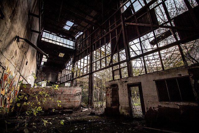 Urban decay. (Credit: Groman123, CC-SA license.)