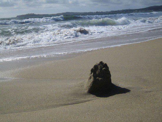 That sand castle ain't gonna last. (Eric Chan, CC.)