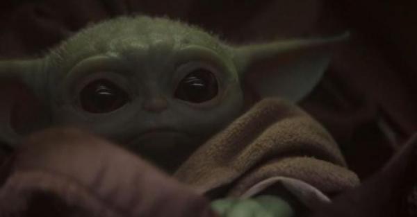 baby yoda, first scene
