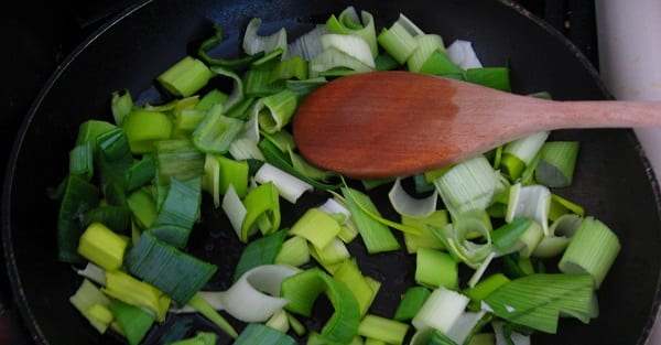 leeks in a frying pan