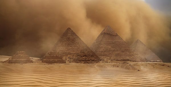 sandstorm around the egyptian pyramids