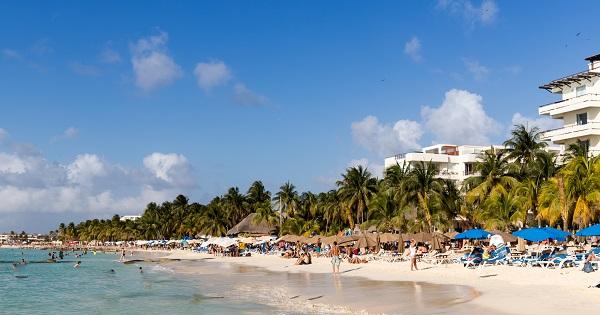 spring break vacation in Playa Norte Isla Mujeres, Mexico