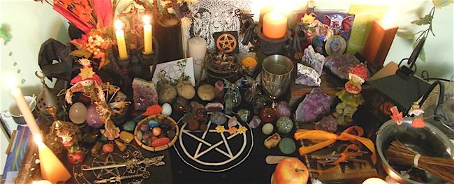 Wicca-Mabon-altar-harvest