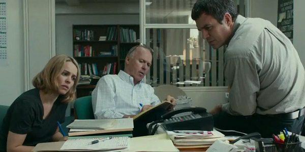 "Rachel McAdams, Michael Keaton, and Mark Ruffalo as reporters brainstorming, in ""Spotlight"""