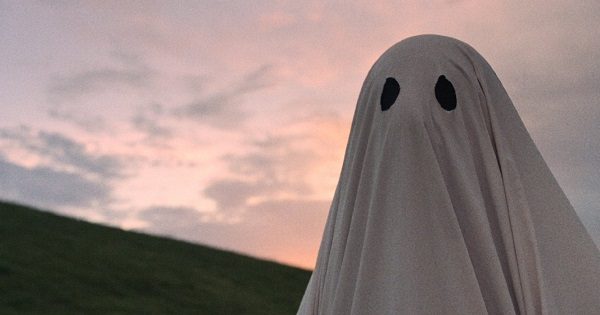 """The bedsheet apparition of C (Casey Affleck), in """"A Ghost Story"""""""