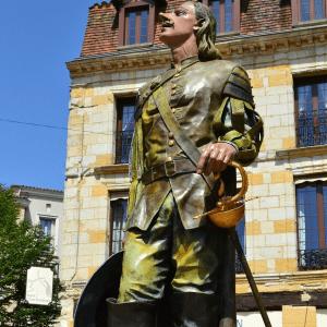 Cyrano-Statue