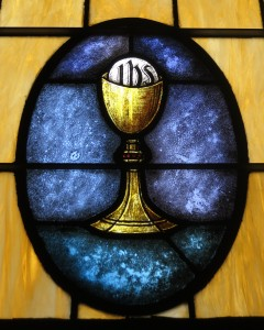 Holy_Family_Catholic_Church_(North_Baltimore,_Ohio)_-_stained_glass,_Eucharist
