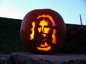 the-jesus-pumpkin-1563990-638x480