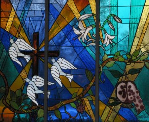 stained-glass-1220021-639x526