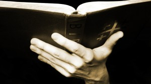 holding-the-bible-1498772-1920x1072