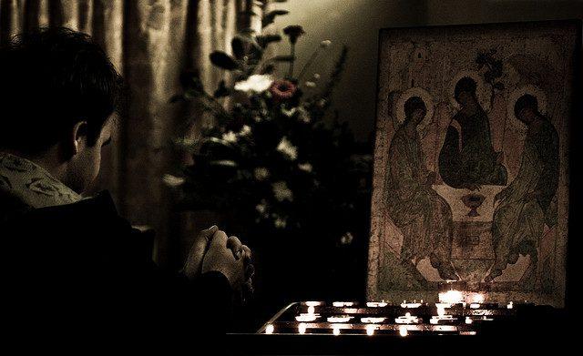 Peace Pray. Photo by: Hamed Parham.