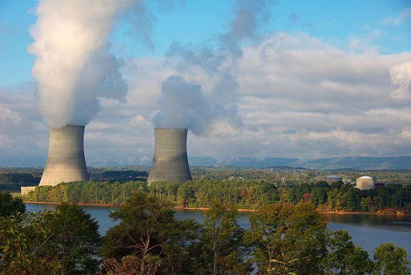 800px-Sequoyah_Nuclear_Power_Plant