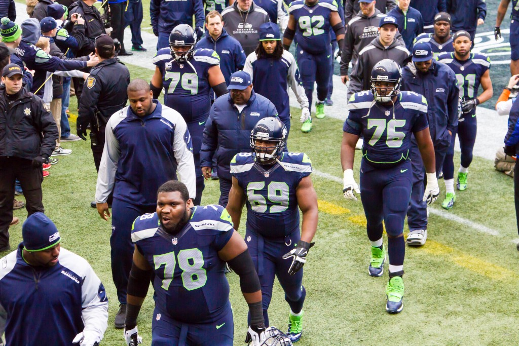 Seattle_Seahawks_linemen_and_receivers_in_2013