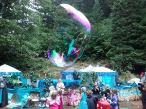 Soap bubbles and freezing mermaids