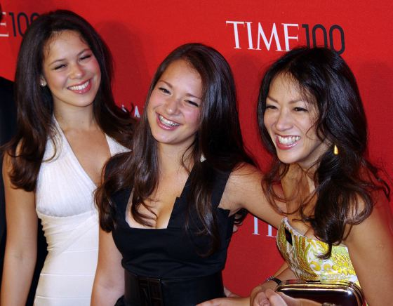 1280px-Amy_Chua_Tiger_Mom_Daughters_2011_Shankbone