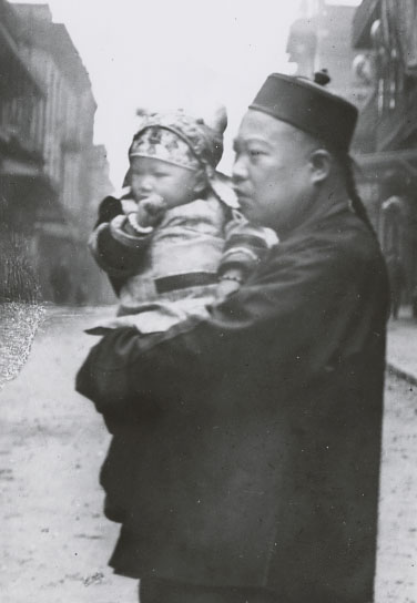 A_Proud_Chinese_American_Father