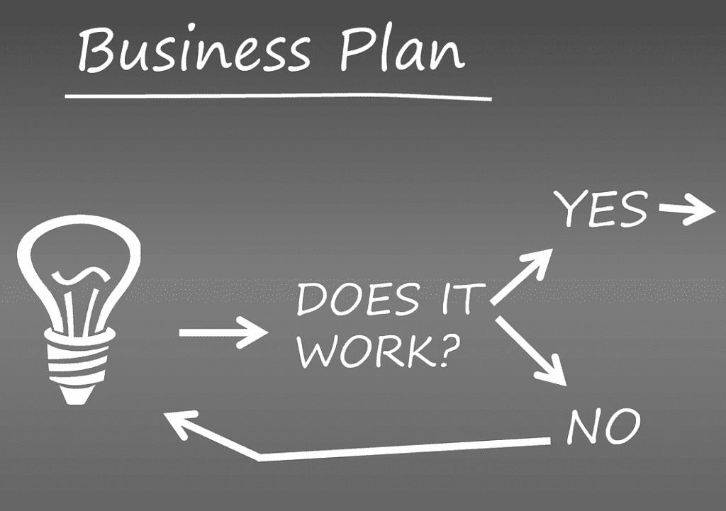 business-891339_1280 (narrowed black)